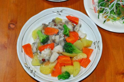 白身魚と野菜のソテー